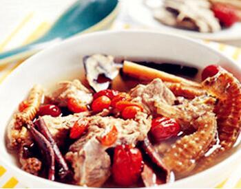 清炖海马牛肉汤